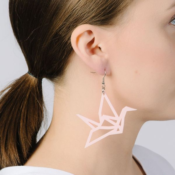 Yo zen Swan Earrings Soft Pink